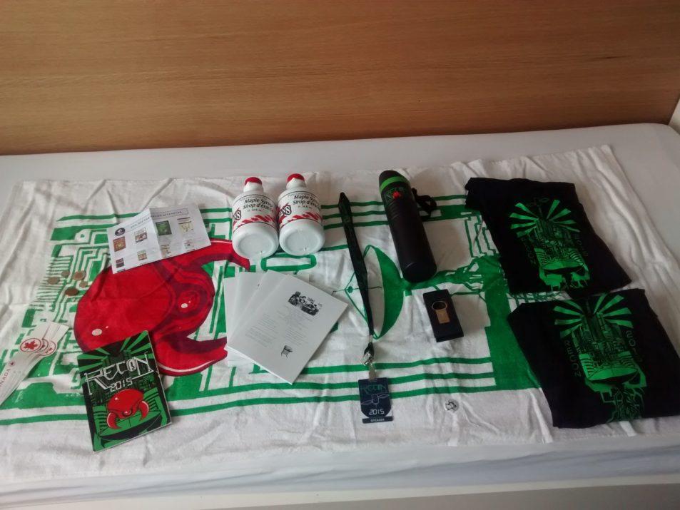 Recon 2015, items promotionnels, 2015